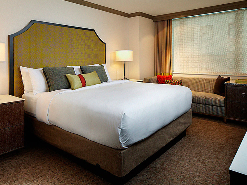 Intercontinental – Chicago, IL